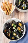 Moules Frites – Belgian Mussels with French Fries (Oven Fries)   WednesdayNightCafe.com