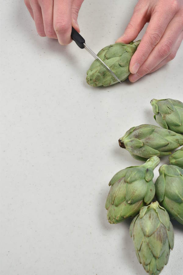 How to Cook Baby Artichokes| WednesdayNightCafe.com