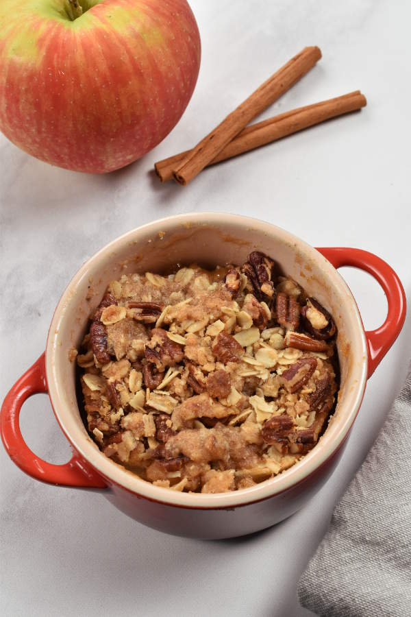 Individual Apple Crisps| WednesdayNightCafe.com